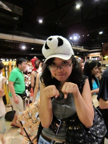 first time I tried the panda hat. At this point, I haven't even considered thinking about buying it.